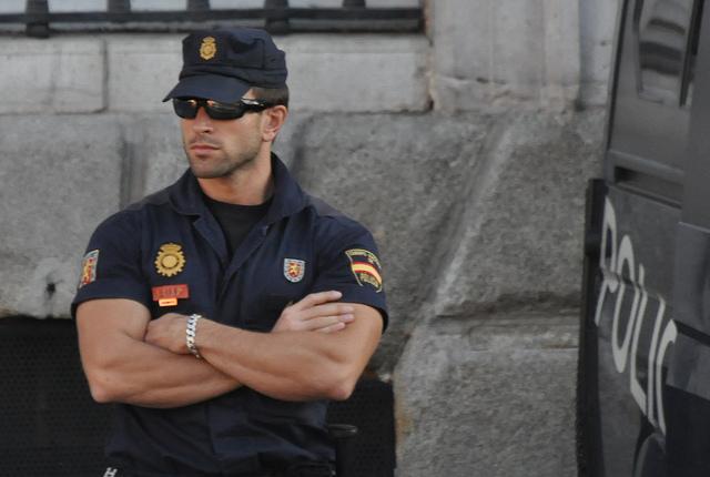 В Испании начали штрафовать за посты в Фейсбуке